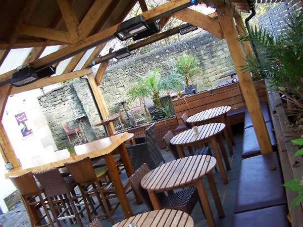 lord rodney keighley beer garden