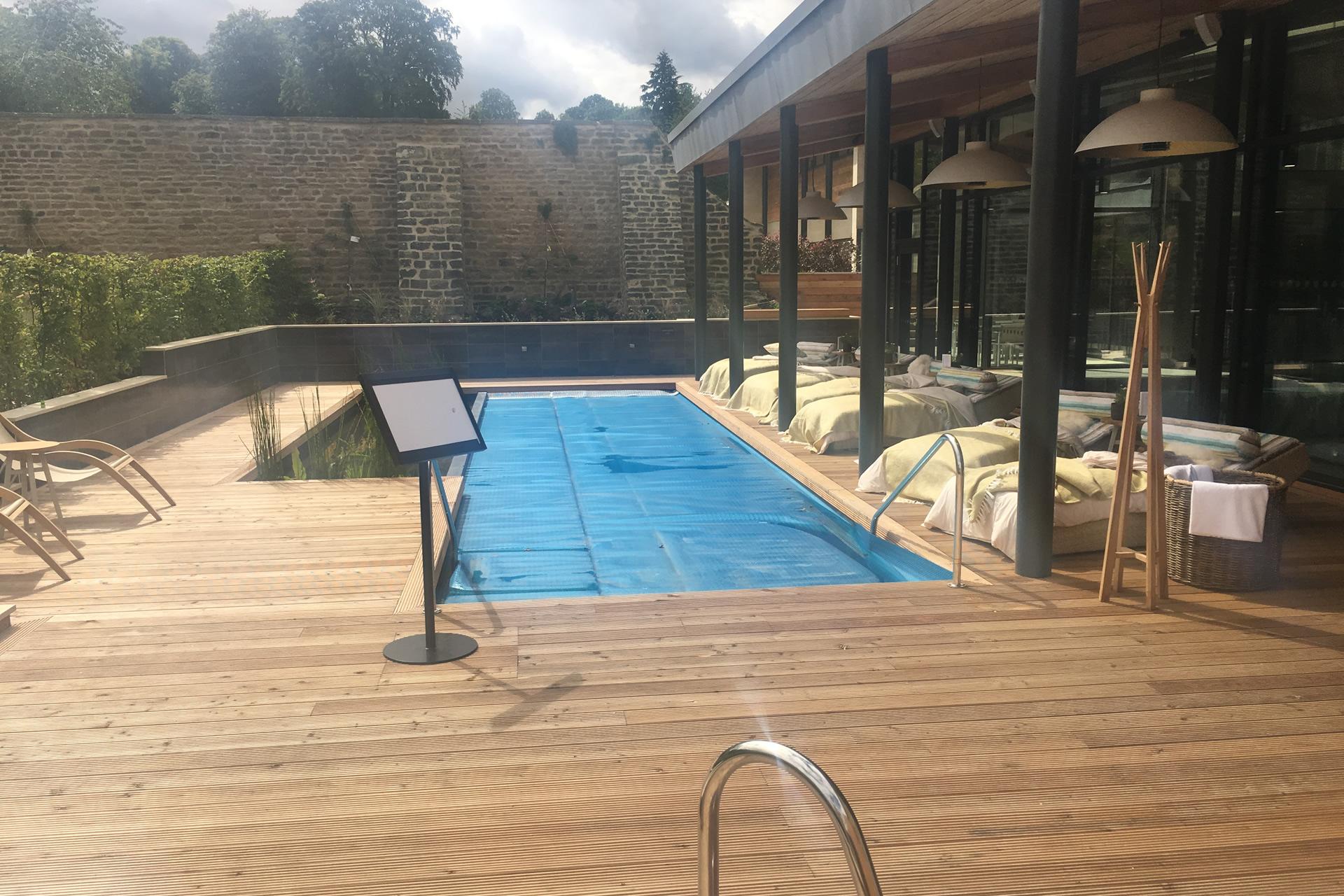 swinton park outside pool